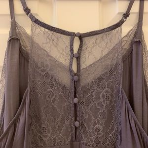 TORRID negligee lavender w/dainty lace-buttons